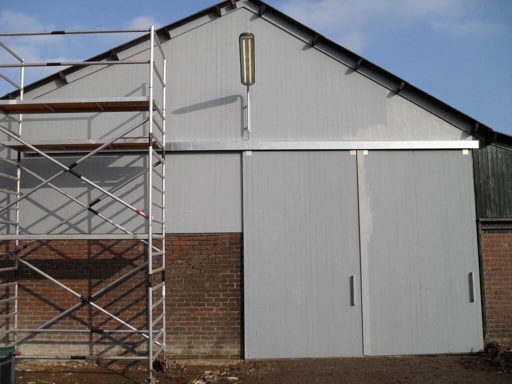Complete gevel vervangen inclusief schuifdeuren